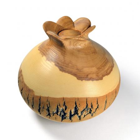 Urne funéraire sculptée